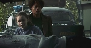 Naomie Harris and Megan Burns in 28 Days Later